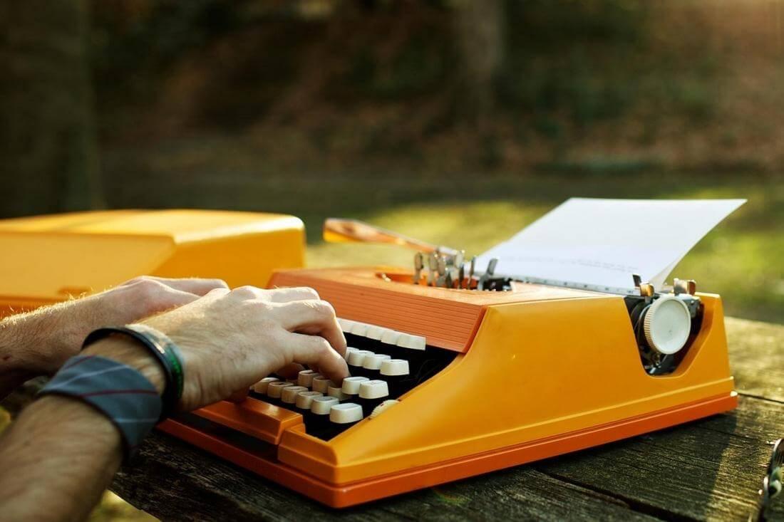 Лучшие американские писатели-классики — фото печатной машинки — American Butler